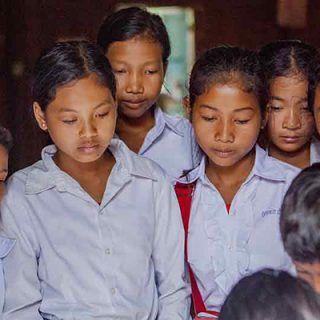 Étudiantes à Battambang, Cambodge ©AntoineBesson