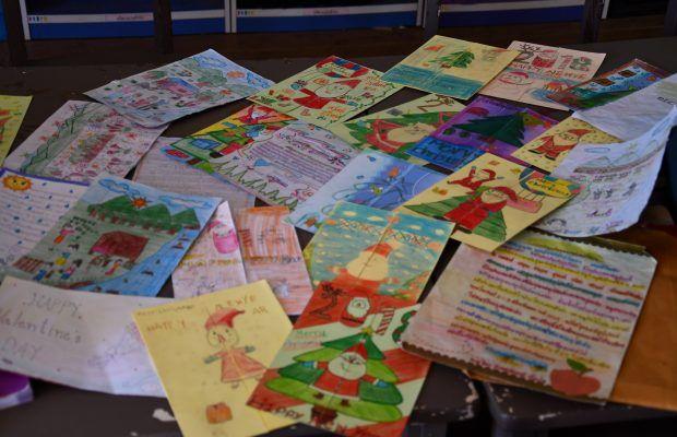 Lettres de filleuls thaï ©Adélaïde Faÿ