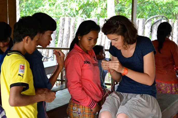 Temps d'activité avec Lucille au centre de Samrong ©D.R