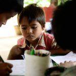 Des filleuls écrivent à leur parrain ©Guillaume de Tapol