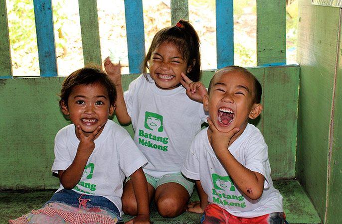 Des enfants d'Inayawan ©Alexandre Massot