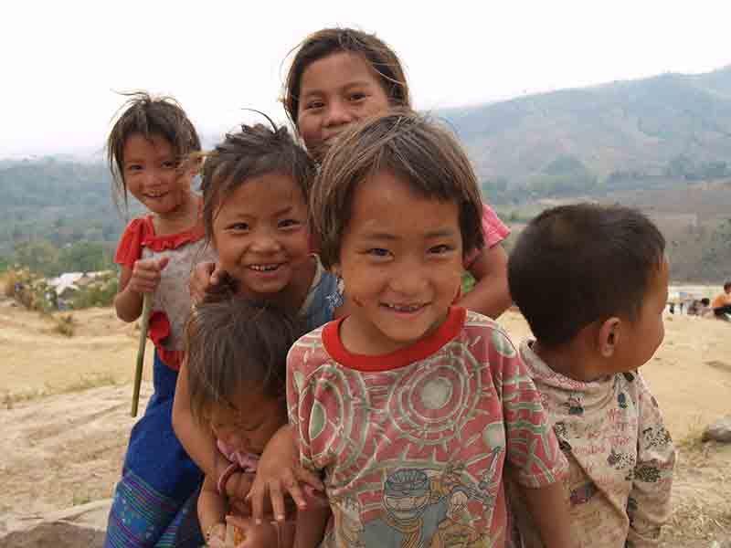 Enfants Hmong ©Loïc Lahalle