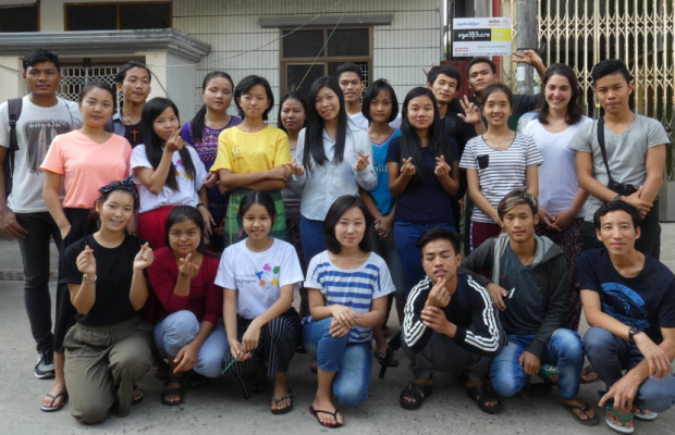 Etudiants Yangon Birmanie