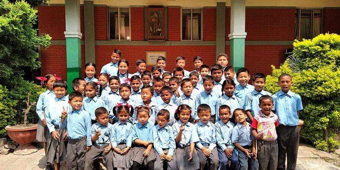 La classe de tous ces petits népalais !