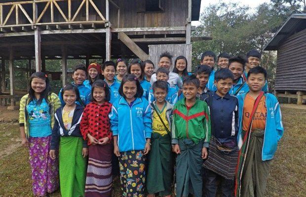 Ecoliers à Rung en birmanie