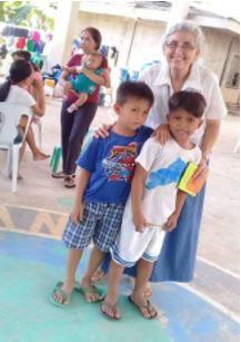 Sœur Hélène, responsable de programme aux Philippines