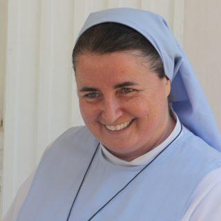 Sœur Sophie, responsable de programme aux Philippines