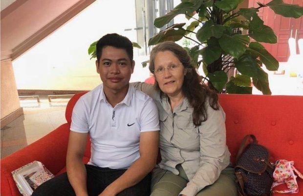 Yolaine est avec son filleul Luong