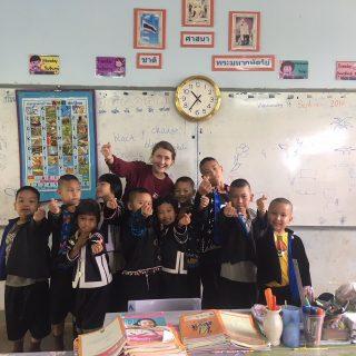 L'école : objectif ultime, mais souvent inatteignable pour beaucoup de familles pauvres du nord de la Thaïlande.
