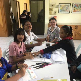 Victoria volontaire en Thaïlande