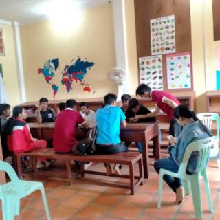 Formation de nos jeunes à Google Classroom au Centre de Samrong