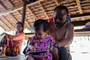 Nyunt Win et sa fille