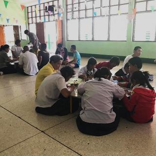 Rénovation cantine école St-Mary pour accès jeunes porteurs handicap, en Thailande