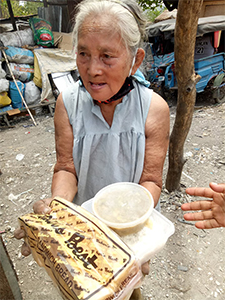 Distribution de nourriture Inayawan
