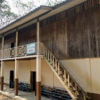 Réparation du dortoir des garçons pour le centre de Maepon, en Thailande