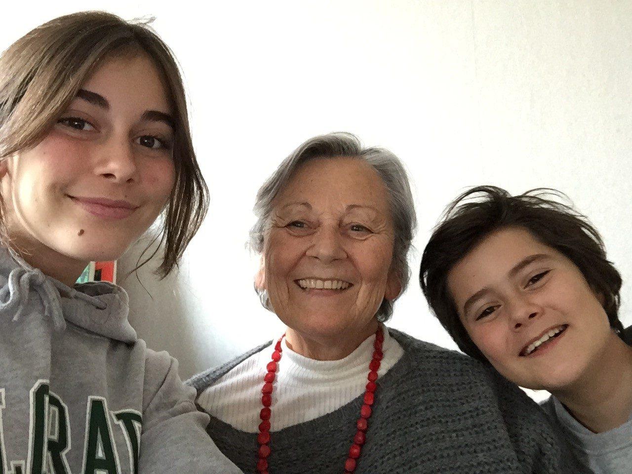 Anne a offert un parrainage à ses 2 petits-enfants, Daphné & Léonard