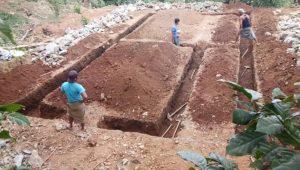 Le début du travail de fondations, en Avril 2020