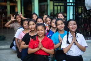 Jeunes filles du foyer les Soeurs de la Charité de Saint-Jeanne-Antide-Thouret