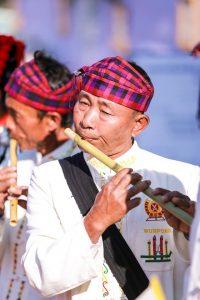Musicien Jingpaw en Birmanie