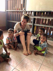 Alice, adjointe du directeur opérationnel Asie d'Enfants du Mékong, en Thailande