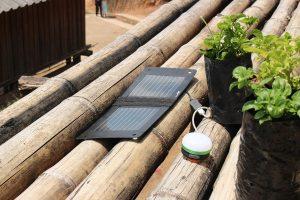 Des panneaux solaires pour des familles Karens